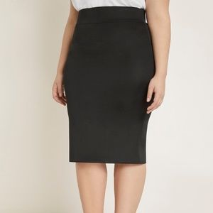 Eloquii - Black Neoprene Pencil Skirt - Size 28